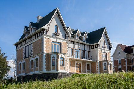 23679 - Архитектурный особняк на Новой Риге